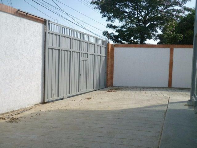Galpon - Deposito Aragua>Cagua>Centro - Alquiler:310  - codigo: 18-2033