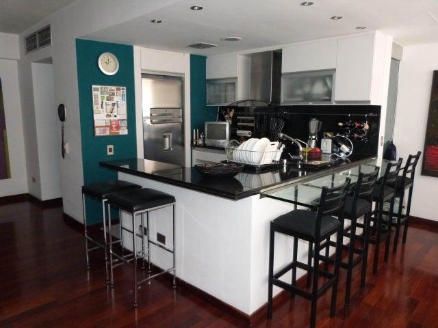 Apartamento Distrito Metropolitano>Caracas>Sabana Grande - Venta:45.693.000.000 Precio Referencial - codigo: 18-2045