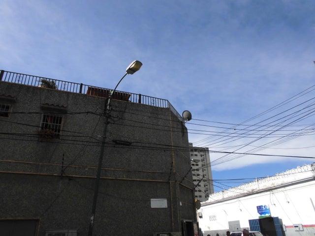 Local Comercial Distrito Metropolitano>Caracas>San Agustin del Norte - Venta:29.566.000 Precio Referencial - codigo: 18-2053