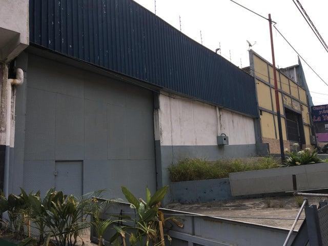 Galpon - Deposito Distrito Metropolitano>Caracas>La Yaguara - Alquiler:350 US Dollar - codigo: 18-2065