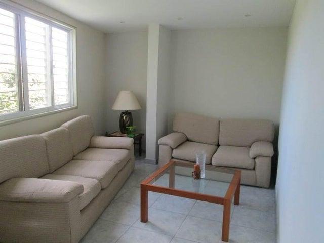 Casa Distrito Metropolitano>Caracas>Hoyo de La Puerta - Venta:8.368.000 Precio Referencial - codigo: 18-2095