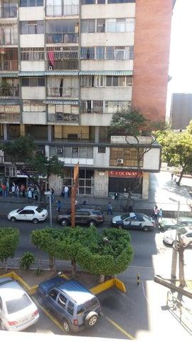Apartamento Distrito Metropolitano>Caracas>Los Ruices - Venta:16.000 US Dollar - codigo: 18-2073