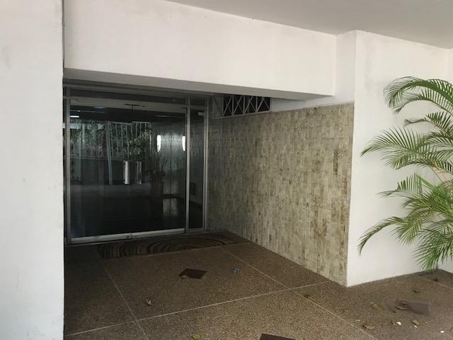Apartamento Distrito Metropolitano>Caracas>Chacaito - Venta:138.102.000.000 Precio Referencial - codigo: 18-2101