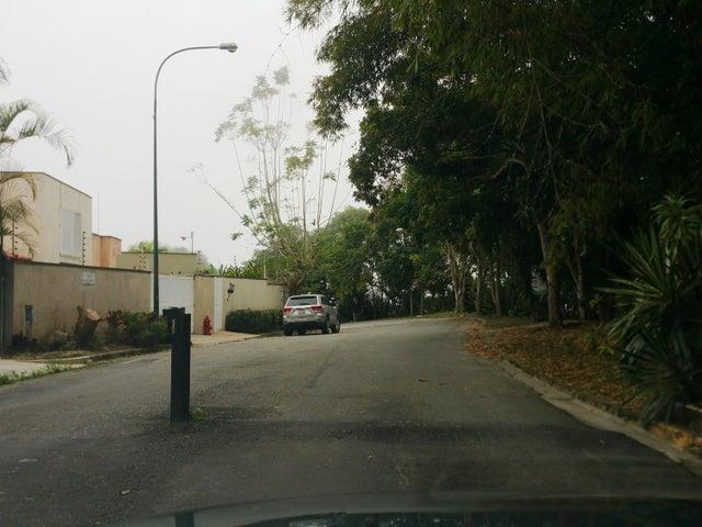 Terreno Distrito Metropolitano>Caracas>Loma Larga - Venta:729.456.000 Precio Referencial - codigo: 18-2171