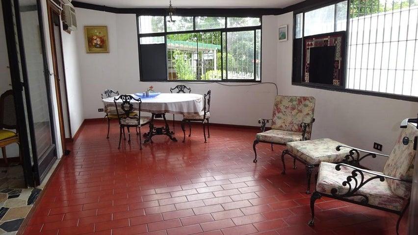 Casa Distrito Metropolitano>Caracas>Santa Marta - Venta:243.694.000.000 Precio Referencial - codigo: 18-2169