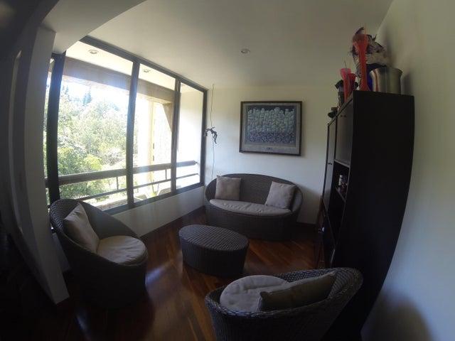 Apartamento Distrito Metropolitano>Caracas>Llano Verde - Venta:40.737.000.000 Bolivares Fuertes - codigo: 15-7661