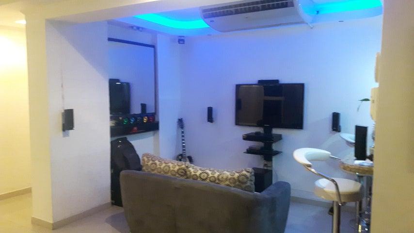 Apartamento Zulia>Maracaibo>Tierra Negra - Venta:7.896.000.000 Bolivares Fuertes - codigo: 18-2181