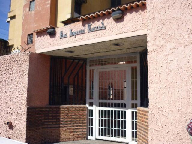 Apartamento Aragua>Maracay>Urbanizacion El Centro - Venta:2.842.000.000 Bolivares Fuertes - codigo: 18-2182