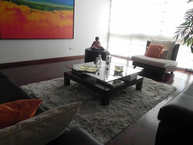 Apartamento Distrito Metropolitano>Caracas>La Lagunita Country Club - Venta:266.541.000.000 Precio Referencial - codigo: 18-2183