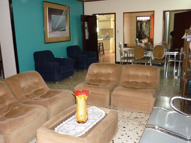 Casa Aragua>Maracay>El Limon - Venta:55.020.000 Precio Referencial - codigo: 18-2193