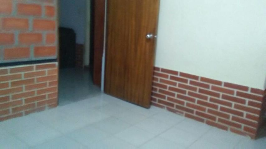 Casa Lara>Cabudare>Parroquia Jose Gregorio - Venta:1.128.000.000 Bolivares - codigo: 18-2195