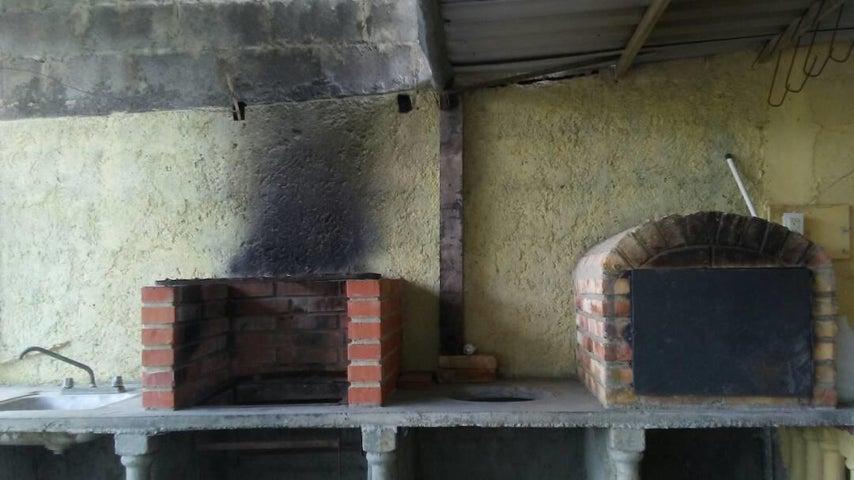 Terreno Lara>Cabudare>Parroquia Jose Gregorio - Venta:1.128.000.000 Bolivares - codigo: 18-2197