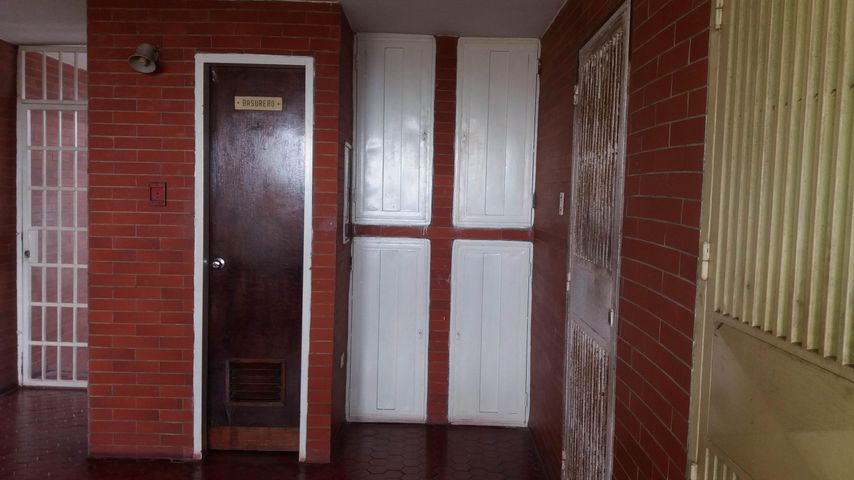 Apartamento Lara>Cabudare>Parroquia Agua Viva - Venta:2.907.000.000 Bolivares Fuertes - codigo: 18-2228