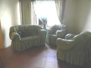 Apartamento Distrito Metropolitano>Caracas>La Florida - Venta:8.058.000.000 Bolivares Fuertes - codigo: 18-2232