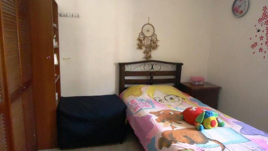 Apartamento Distrito Metropolitano>Caracas>Montalban II - Venta:37.000 Precio Referencial - codigo: 18-2235