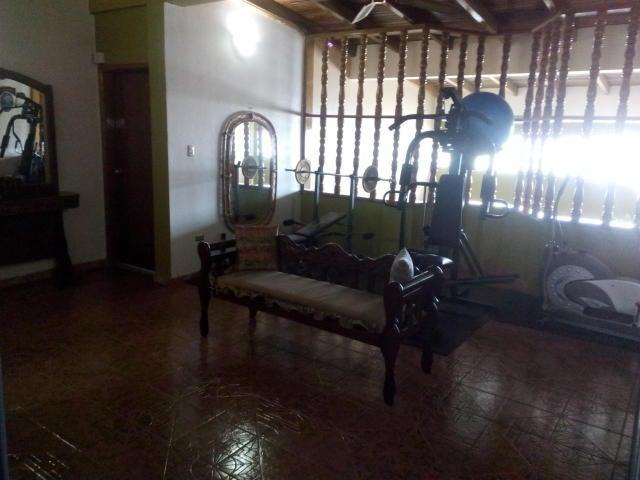 Casa Falcon>Punto Fijo>Judibana - Venta:561.040.000.000  - codigo: 18-2100