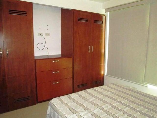Apartamento Distrito Metropolitano>Caracas>La Boyera - Venta:80.000 US Dollar - codigo: 16-17471