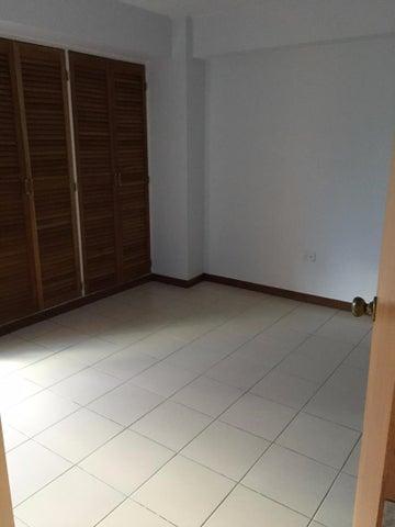Apartamento Distrito Metropolitano>Caracas>Prados del Este - Venta:90.000 Precio Referencial - codigo: 18-2684