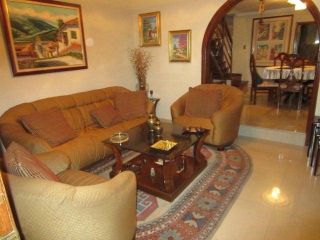 Casa Zulia>Maracaibo>Circunvalacion Dos - Venta:40.000 Precio Referencial - codigo: 18-2487