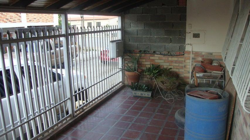 Casa Lara>Cabudare>Parroquia Cabudare - Venta:1.862.000 Precio Referencial - codigo: 18-3752