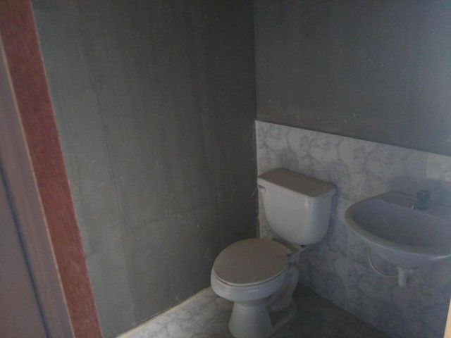 Townhouse Zulia>Maracaibo>Via La Concepcion - Venta:470.000 Precio Referencial - codigo: 18-2634