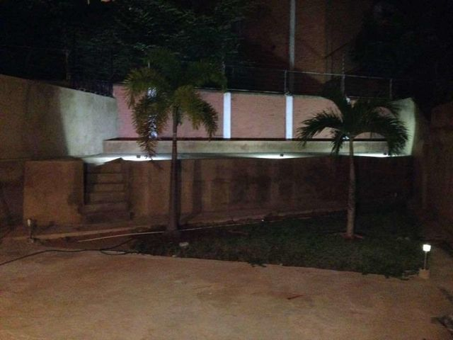 Casa Zulia>Maracaibo>La Lago - Venta:35.000 Precio Referencial - codigo: 18-2923