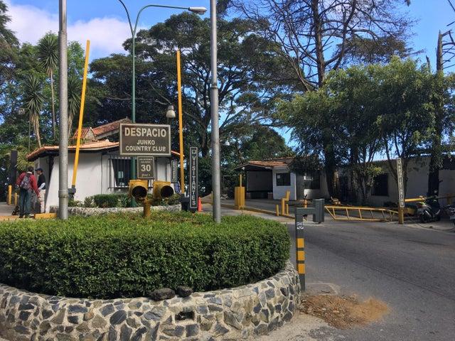 Terreno Vargas>El Junquito-Vargas>El Junko Country Club - Venta:11.000 Precio Referencial - codigo: 18-3012