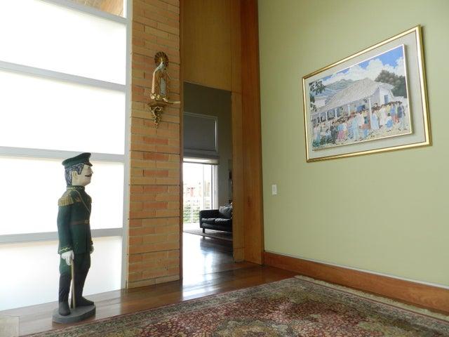 Casa Distrito Metropolitano>Caracas>Oripoto - Venta:575.000 Precio Referencial - codigo: 18-2983