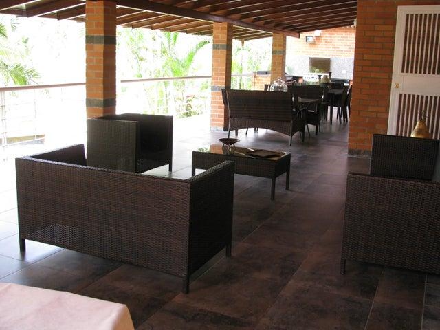 Casa Distrito Metropolitano>Caracas>Macaracuay - Venta:520.000 Precio Referencial - codigo: 18-3185