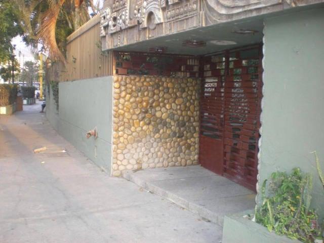 Apartamento Vargas>Parroquia Caraballeda>Caribe - Venta:33.000 Precio Referencial - codigo: 18-3221