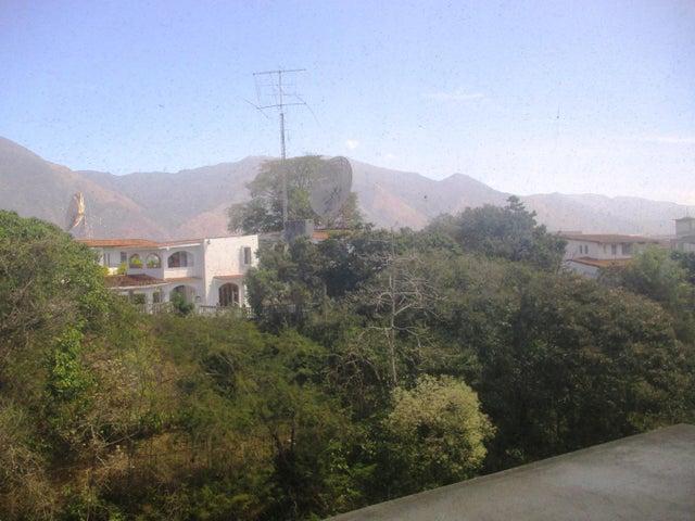 Oficina Distrito Metropolitano>Caracas>Santa Paula - Venta:414.504.000.000 Precio Referencial - codigo: 18-3602