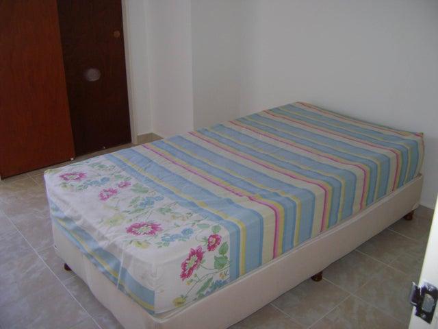 Apartamento Distrito Metropolitano>Caracas>Lomas del Avila - Alquiler:150 Precio Referencial - codigo: 18-3501