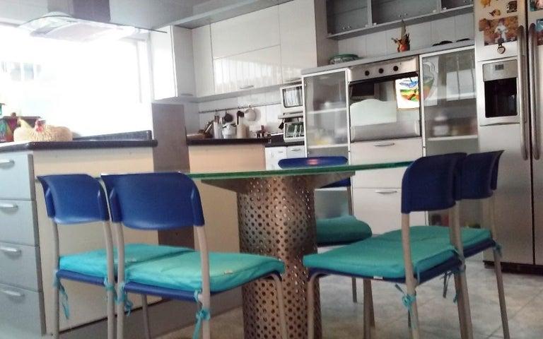 Casa Distrito Metropolitano>Caracas>Macaracuay - Venta:1.776.446.000.000 Precio Referencial - codigo: 18-3622
