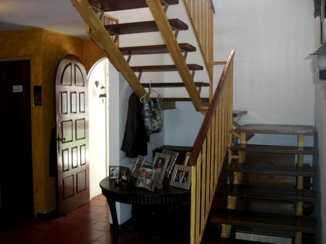Casa Distrito Metropolitano>Caracas>Santa Ines - Venta:36.211.000.000 Bolivares - codigo: 18-3598