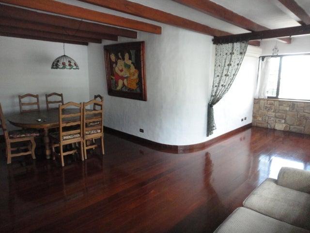 Apartamento Distrito Metropolitano>Caracas>La Florida - Venta:150.000 Precio Referencial - codigo: 18-3541