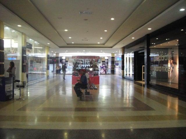 Local Comercial Portuguesa>Acarigua>Centro - Alquiler:1.510 US Dollar - codigo: 18-3569