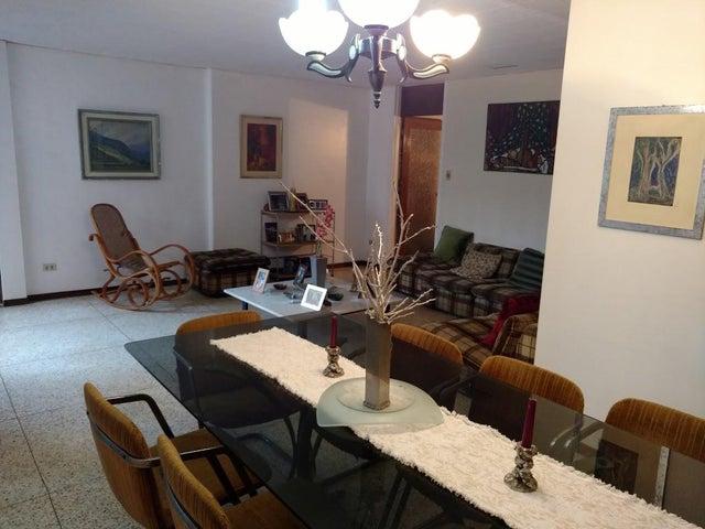 Apartamento Zulia>Maracaibo>La Lago - Venta:8.600.000.000 Bolivares Fuertes - codigo: 18-3596