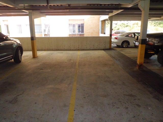 Apartamento Carabobo>Municipio Naguanagua>Palma Real - Venta:21.432.000.000 Precio Referencial - codigo: 18-3600