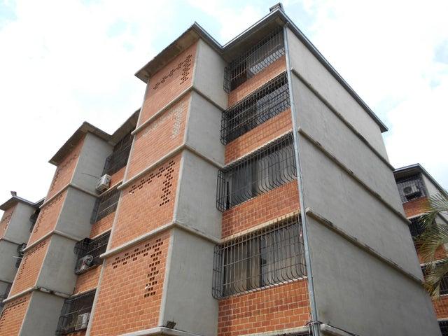 Apartamento Miranda>Guarenas>Nueva Casarapa - Venta:2.489.000.000 Bolivares Fuertes - codigo: 18-3607