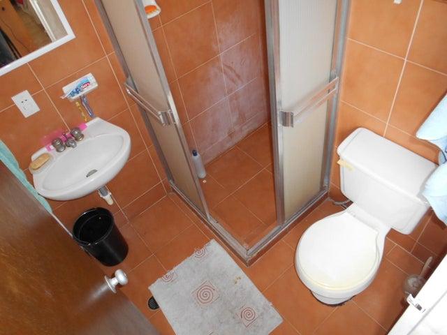 Apartamento Miranda>Guarenas>Nueva Casarapa - Venta:10.000 Precio Referencial - codigo: 18-3607