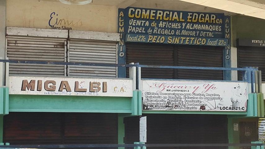 Local Comercial Zulia>Maracaibo>Centro - Venta:13.663.000.000 Precio Referencial - codigo: 18-3617