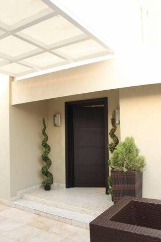Casa Zulia>Maracaibo>El Rosal - Venta:116.512.000 Precio Referencial - codigo: 18-3623
