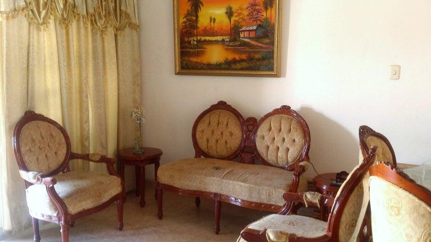 Casa Carabobo>Guacara>Ciudad Alianza - Venta:2.468.000.000 Bolivares - codigo: 18-3627