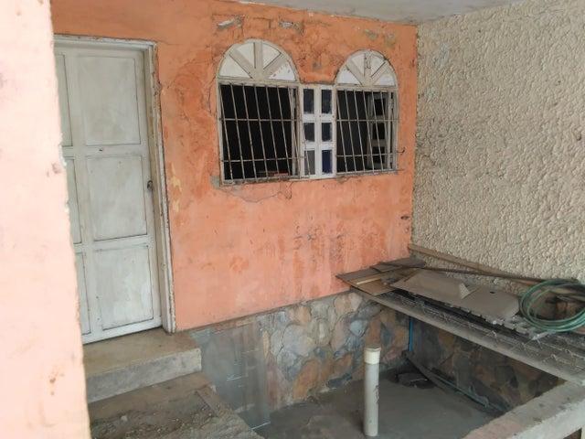 Casa Lara>Cabudare>Parroquia Cabudare - Venta:7.050.000.000 Bolivares - codigo: 18-3625