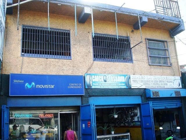Local Comercial Distrito Metropolitano>Caracas>Parroquia Santa Rosalia - Venta:25.850.000.000 Bolivares - codigo: 18-3632