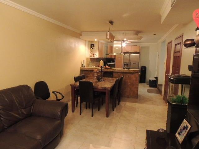 Townhouse Zulia>Maracaibo>Monte Bello - Venta:8.930.000.000 Bolivares - codigo: 18-3634
