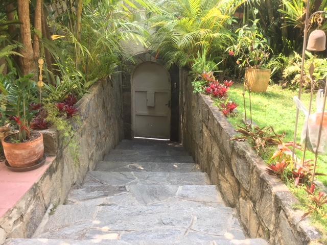 Casa Distrito Metropolitano>Caracas>San Luis - Venta:94.001.000.000 Bolivares - codigo: 18-3641