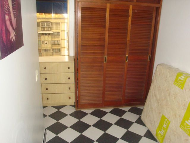 Apartamento Distrito Metropolitano>Caracas>La California Norte - Venta:65.000 US Dollar - codigo: 18-3698