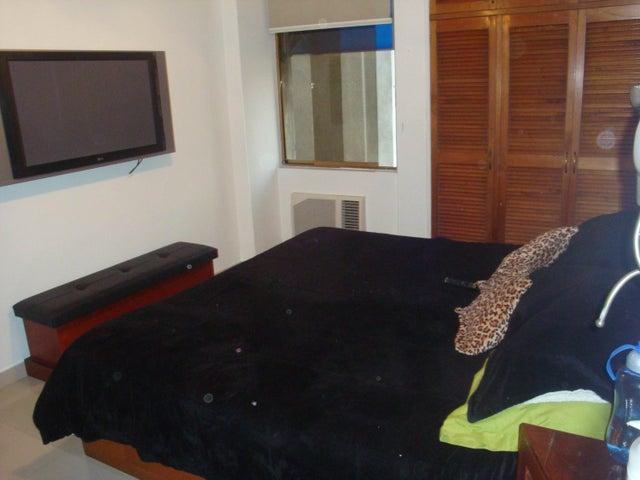Apartamento Distrito Metropolitano>Caracas>La California Norte - Venta:8.130.000 Precio Referencial - codigo: 18-3698
