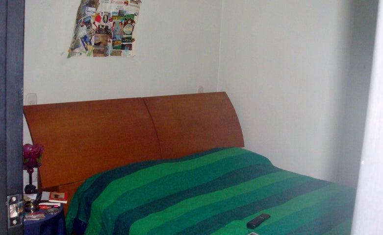 Apartamento Aragua>Maracay>Base Aragua - Venta:5.875.000.000 Bolivares Fuertes - codigo: 18-3661